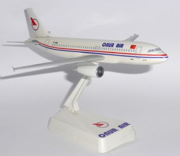 Airbus A320 Onur Air Turkey Vintage Wooster Collectors Model Scale 1:200 E
